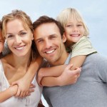 Kids-Hug-Mom-And-Dad-Family-Photo1