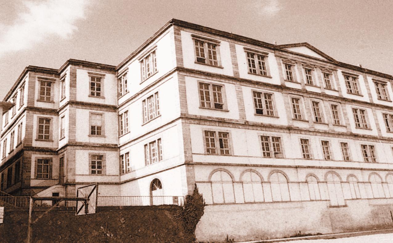 Το ''Φροντιστήριο Τραπεζούντας'' εκπαίδευσε  ελληνοπρεπώς πολλές γενιές Ποντιόπουλων και υπήρξε ένα από τα σπουδαιότερα εκπαιδευτικά ιδρύματα του υπόδουλου Ελληνισμού